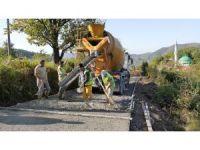 Başiskele'de beton yol çalışmaları sürüyor