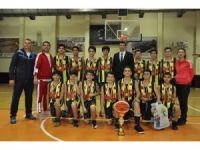 GKV'li Cumhuriyet Kupasının şampiyonlarına ödül yağdı