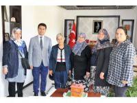 AK Parti Seyitgazi Kadın Kollarından Kaymakam Cankaloğlu'na ziyaret