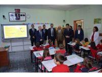 Vali Ceylan, Süleymanpaşa İlkokulu öğrencileri ile bir araya geldi