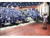 Isparta'da 'Başarı için hayata gülümse' semineri