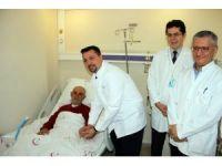 Manisa'da ilk defa bir kamu hastanesinde bypass ameliyatı yapıldı