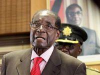 Zimbabve Devlet Başkanı Mugabe ve eşi güvende