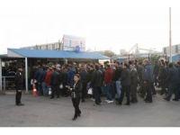 Erdemir işçilerinden protesto eylemi