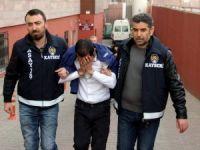 Vatandaşı 1 milyon TL dolandıran şahıslar özel ekipler tarafından yakalandı