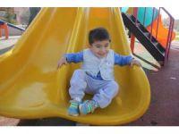 18 kez kalbi duran 3 yaşındaki Berkay yardım bekliyor