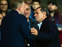 Dursun Özbek'ten takıma destek