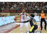 Tahincioğlu Basketbol Süper Ligi: Eskişehir Basket: 66 - Fenerbahçe Doğuş: 85