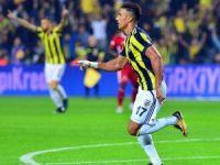 Süper Lig: Fenerbahçe: 1 - Sivasspor: 0  (İlk yarı)