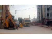 Pazar sabahı 07.30'da çalışmaya başlayan işçiler mahalle sakinlerini çileden çıkardı