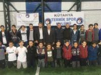 """Milletvekili Nazlı'dan """"Bağımlı Değilim Sporu Seviyorum"""" projesine destek"""