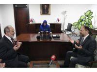 Diyanet'in ilk kadın başkan yardımcısı Huriye Martı görevine başladı