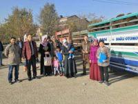 Iğdır'da genç çiftçilere hayvan dağıtımı