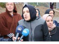İki mahalle arasındaki ulaşım için vatandaşlar üst geçit talep etti