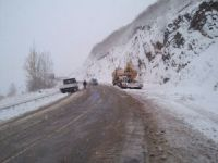 Sivas'ta kar ulaşımı etkiledi