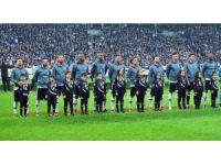 UEFA Şampiyonlar Ligi: Beşiktaş: 0 - Porto: 0 (Maç devam ediyor)
