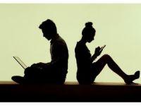 Türkiye'de 48 milyon kişi günün 3 saatini sosyal medyada geçiriyor