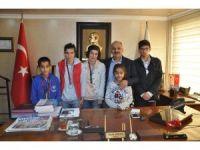 Şampiyon özel sporcular başarılarını Başkan Dinçer'le paylaştı