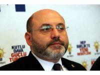 Ali Çetinbaş: Rasim Ozan'ı kınıyor ve tepkilerini ortaya koyan STK'ları da tebrik ediyorum