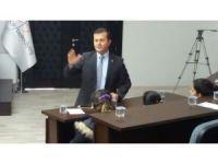 Öğretmen belediye başkanı çocuk meclisi kurdu