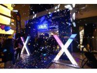 7 bin liralık iPhone X için gece yarısı kuyruk oluştu