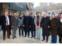CHP milletvekilleri kongre için Hakkari'ye geldi