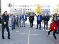 Antalyaspor Teknik Direktörü Leonardo'dan Öğretmenler Günü ziyareti