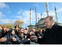 Cumhurbaşkanı Erdoğan'a Millet Camii'nde yoğun ilgi