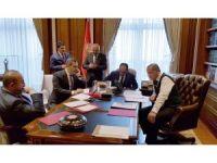 Cumhurbaşkanı Erdoğan'ın paylaştığı fotoğraftaki 57. Alay'ın sancağı dikkat çekti