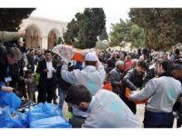 Mirasımız Derneği'nden Kudüslü Müslümanlara gıda ikramı