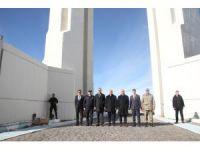 İçişleri Bakan Yardımcısı Ersoy, 1071 Malazgirt Zafer Anıtını ziyaret etti
