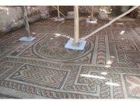 Konya'da Roma dönemine ait antik spor salonunun üstü kapatılarak koruma altına aldı