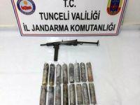 Tunceli'de sığınakta patlayıcı ve makinalı tüfek ele geçirildi