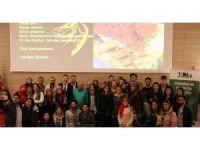 Uşak Üniversitesi'nde 'Gençlik, Gelecek ve Girişimcilik' söyleşisi