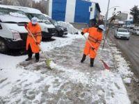 Tutak'ta karla mücadele çalışmaları