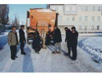 Çaldıran Belediyesi araç parkına kar küreme ve tuzlama aracı kattı