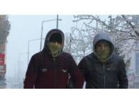 Kars eksi 25'i gördü, soğuktan her yer dondu