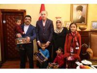 Cumhurbaşkanı Erdoğan minik adaşları ile görüştü