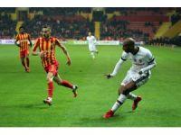 Süper Lig: Kayserispor: 1 - Beşiktaş: 1 (İlk yarı)
