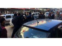 Erzurum'da iki grubun kavgası trafiği kilitledi