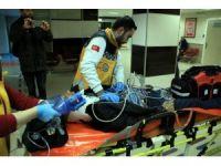 Hurda toplarken kalbi duran yaşlı adam 20 dakika sonra hayata döndürüldü