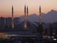 Selçuklu ve Osmanlı motifli cami