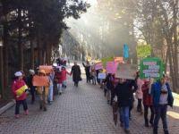 Minik öğrenciler çevre için yürüdü