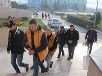 Bu düzenekle ATM'lerden 1 milyonluk vurgun yapan Romanyalı çete yakalandı