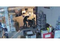 Manisa'da hırsızlar önce kameraya sonra polise yakalandı