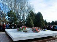 Kırgız yazar Aytmatov 89. doğum yılında anıldı