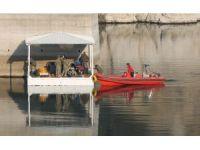 Genç kızı, Deniz Kuvvetleri'nin özel ekibi su altı robotu ile arıyor