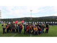 Çocuklar Fenerbahçe antrenmanını takip etti