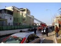 Başkent'te iş yeri yangını