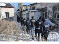 Kars polisinden narkotik uygulaması